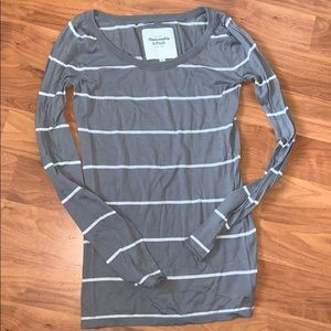 Abercrombie & Fitch Gray and White Striped Sweater